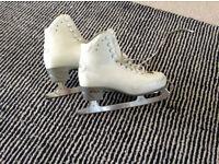 Risport Ice Skates - Size 255 - Size uk 5.....Ice Skating