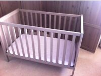 Cot in great condition