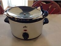 Team international compact slow cooker