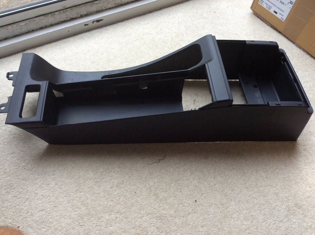 BMW E46 both centre and rear consoles in black