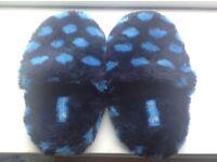 Ladies 'Animal' slippers, size 6