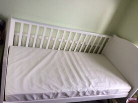 Kensington Cot bed, bumper, duvet, mobile and sleep bags