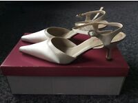 Bridal Shoes - Ivory Satin