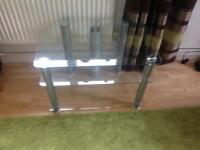 Glass corner tv