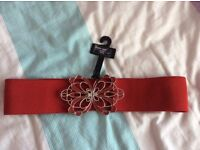 Brand new elasticated belt with buckle clip from newlook