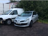 Renault clio dci diesal 55 reg breaking starts & drives