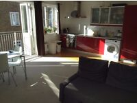 Furnished Double Bedroom - Great location, modern open plan apartment, lots of sun!