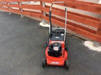 Rover 200 ES/XL push-drive petrol lawnmower Reliable East start Briggs&Stratton engine. 19 inch cut.