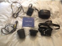 Sony DSC-H3 SLR camera