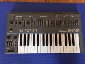 Roland SH101 with mod grip