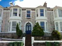 9 BEDROOM STUDENT HOUSE - 9 Gordon Terrace. Great location, large house