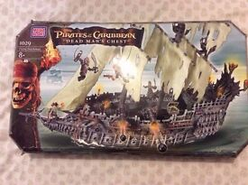 new Megabloks pirates of the Caribbean dead mans chest the flying dutchman 1029 rare & sealed