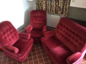 Burgundy Parker Knowle suite; 2 seater sofa and 2 arm chairs. Excellent condition.