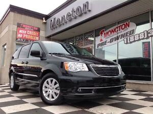 2016 Chrysler Town & Country Touring Dual Blu-Ray DVD Player