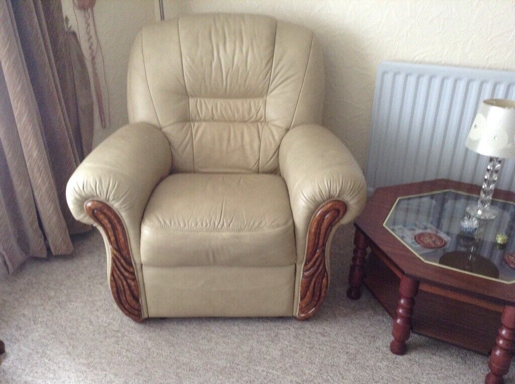 Super Top Quality Leather Sofa And Electric Relining Armchair In Frenchay Bristol Gumtree Ncnpc Chair Design For Home Ncnpcorg