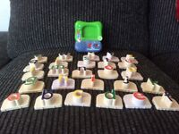 Leap Frog Fridge Phonics plays a tune/ryhme with each letter