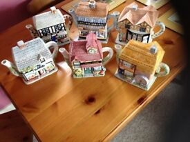 The village teapot collectables