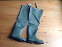 Dunlop Thigh Waders