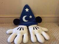 Disney Mickey Mouse Magivian hat and Matching White Gloves