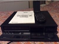 AKAI VS-F1000EK-VN VHS VIDEO RECORDER.