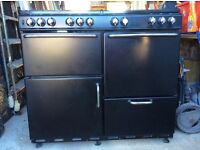 Diplomat 1000 gas cooking range - 8 rings, 2 ovens, 1 grill - black