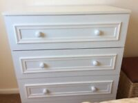 White Four drawer bedroom unit and matching 2 drawer cabinet