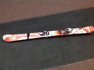 Salomon Kids Downhill Skis with compi Bindings (sku: Z14279)