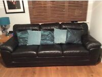 Black Leather Sofas 3 + 2 seater
