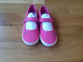 Girls shoes trainers pumps size 13 brand new Pink