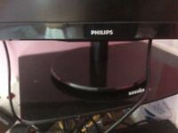 Philips LCD TV NEARLY NEW 20 inch