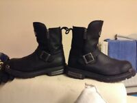 Men's original Harley Davidson boots good condition size 6