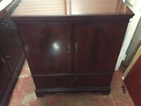 Tv unit, in ex, cond can deliver