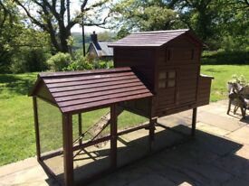 Chicken/poultry house with Titan automatic door