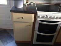 Kitchen base units£35