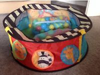 ELC boys and girls sensory ball pool pit with x2 bags of balls