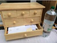 Mini drawers for stationery