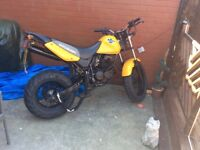 Here is my Hyosung rx karion big 125 and quicker then most 125