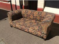 Old Roll Top Sofa : Free Glasgow delivery