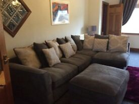 Grey corner sofa very good condition smoke and pet free home 200 pounds Ono
