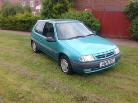 Lovely 1 lady owner Citroen saxo 1.4 petrol long MOT and new tyres ONLY 57,00
