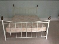 Kingsize Bed Ivory Metal Frame & Mattress