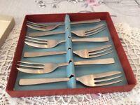 Six Cake / Dessert Forks.
