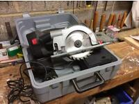Small Battery Skil Saw