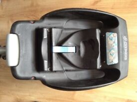 Maxi-Cosi car seat base. Only £10