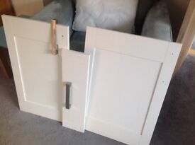 Kitchen doors and handles for sale