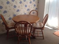 Round Pine Table With 4 Chairs