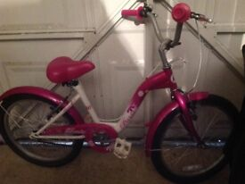 Girl's bike suitable for age 8-12 years