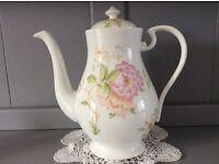 Fine Bone China Large Floral Coffee/Teapot.