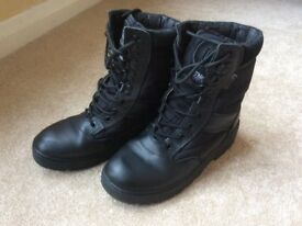 Kombat Black Leather & Cordura Patrol Boots, size 7, suit air/sea/ army cadets
