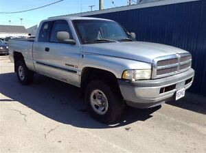 2001 Dodge Ram 1500 Ext Cab 4x4  $4995 SAFETIED!!!!